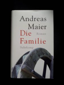 Read more about the article Familienidyll mit Baggerschaufel